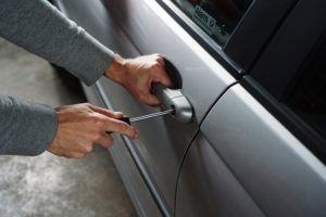 Autodiebstahl 300x200 - NEU: GPS-Geräte für PKW im Test & Vergleich