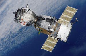 Satellit 300x198 - NEU: GPS-Geräte für Motorräder im Test & Vergleich